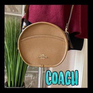 ❤️SALE❤️Coach camel oval leather crossbody bag
